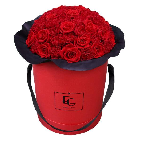 Splendid Carnation Infinity Rosebox | Vibrant Red | L